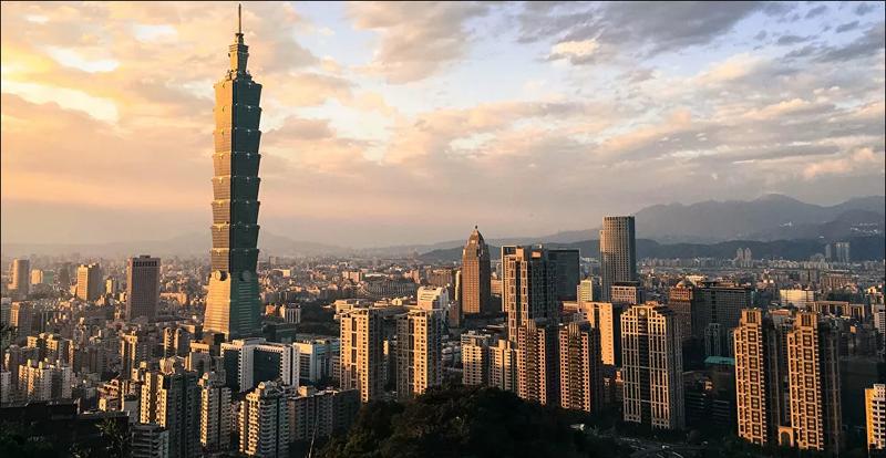 Đài Loan lại tung tiêm kích xua đuổi máy bay Trung Quốc - ảnh 1