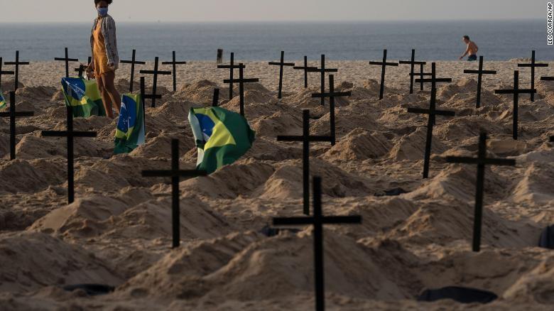 COVID-19: Brazil khả năng vượt Mỹ, có số người chết cao nhất  - ảnh 1