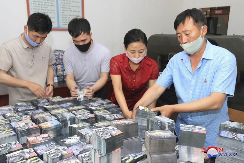 Triều Tiên rải truyền đơn, Hàn Quốc dọa đáp trả quân sự - ảnh 2