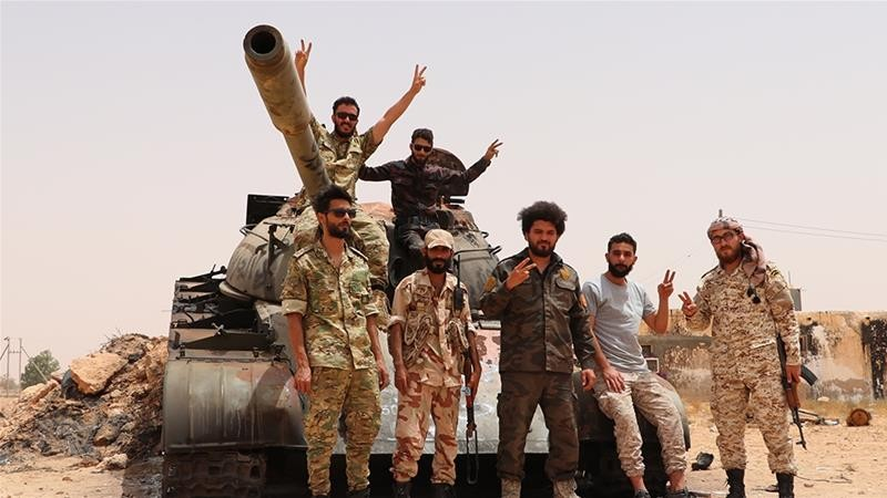 Ông Haftar đưa lính đánh thuê tới nơi nguy hiểm nhất Libya - ảnh 1