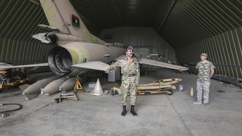 Chính phủ Libya thề đáp trả vụ căn cứ bị máy bay lạ tấn công  - ảnh 1
