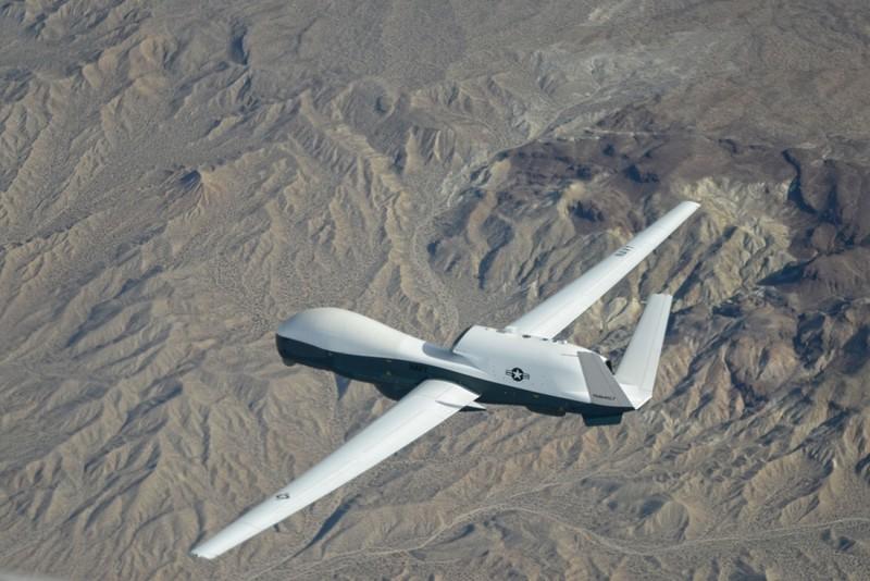 Máy bay trinh sát Mỹ xuất hiện ở Biển Đông - ảnh 1