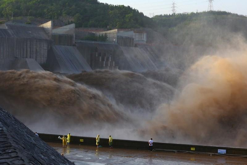 Lý do lũ lụt ở Trung Quốc năm nay nghiêm trọng - ảnh 1