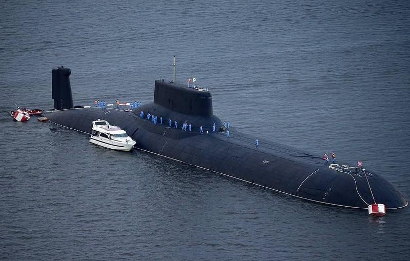 Nga chế tạo tàu ngầm hạt nhân mang vũ khí siêu thanh - ảnh 1