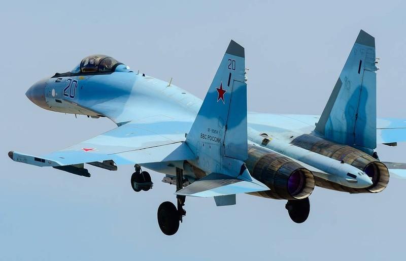 Iran muốn mua hệ thống S-400, tiêm kích Su-35 của Nga? - ảnh 1