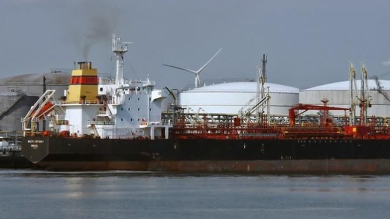 Iran tiết lộ chủ nhân thực sự của 4 tàu chở dầu bị Mỹ bắt giữ - ảnh 1