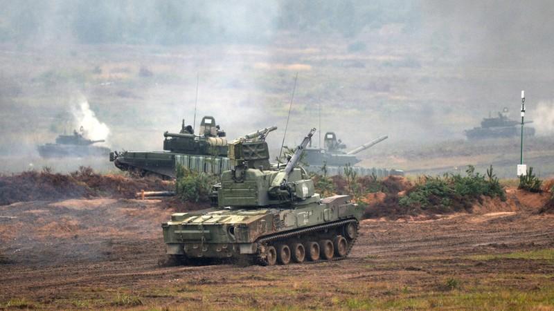 Belarus đưa tên lửa, UAV tới biên giới đáp trả NATO - ảnh 1