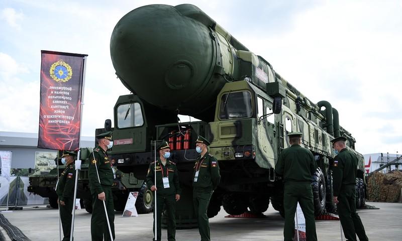 Nga sẽ cung cấp vũ khí, khí tài quân sự cho Lào - ảnh 1