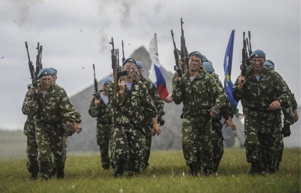Nga đưa lính nhảy dù sang Belarus tập trận - ảnh 1