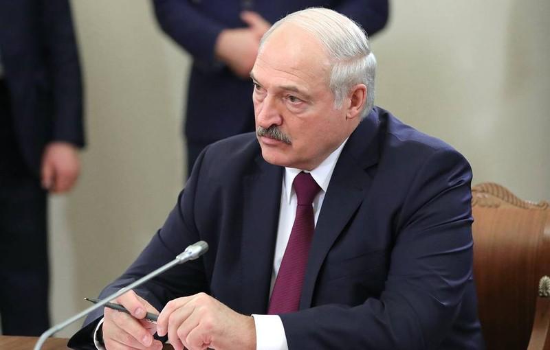 Tổng thống Belarus dọa đáp trả mạnh nếu EU áp lệnh trừng phạt - ảnh 1