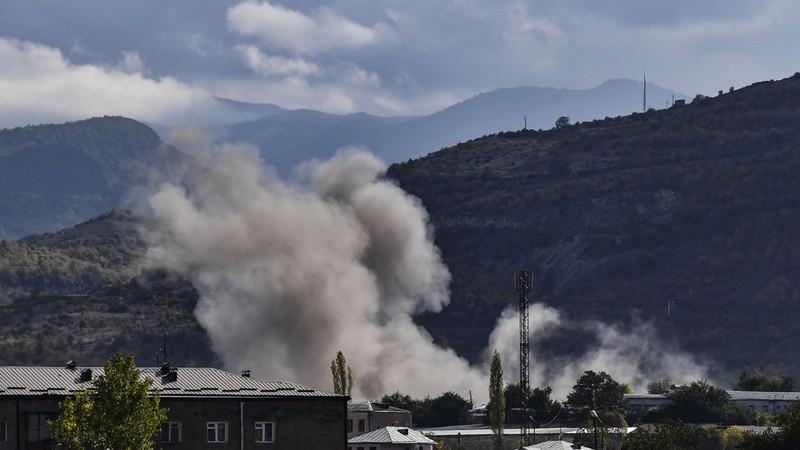 Vừa ký thỏa thuận ngừng bắn, Azerbaijan-Armenia vi phạm ngay  - ảnh 1