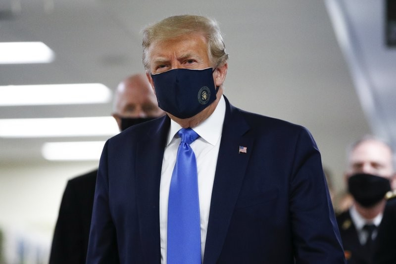 Bác sĩ Nhà Trắng: Ông Trump đã âm tính với virus gây COVID-19  - ảnh 1