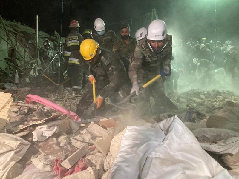 Armenia tấn công tên lửa san phẳng 20 ngôi nhà ở Azerbaijan - ảnh 1