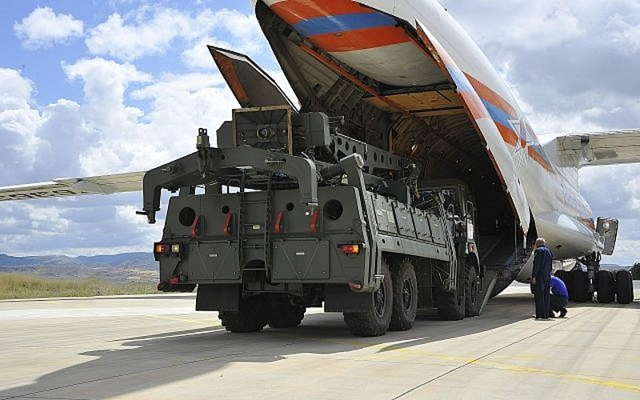 Video Thổ Nhĩ Kỳ phóng tên lửa S-400 mua của Nga gây sốt - ảnh 1