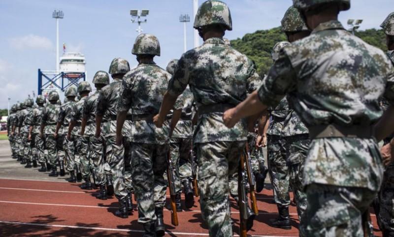 Ông Trump ra sắc lệnh mạnh mẽ nhằm vào quân đội Trung Quốc - ảnh 1