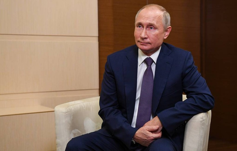 Ông Putin ho nhiều lần khi họp, Nga nói về sức khỏe tổng thống - ảnh 1