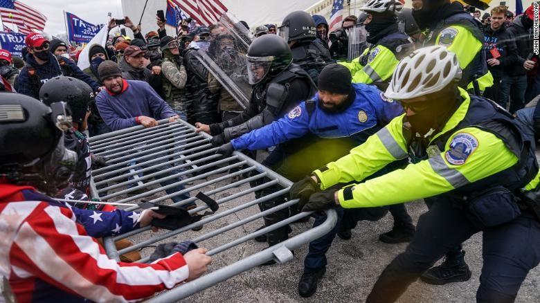 Nguy cơ bùng nổ bạo loạn vào ngày nhậm chức của ông Biden - ảnh 2