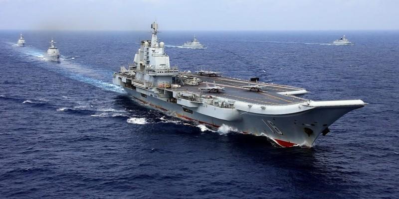'Tàu sân bay Trung Quốc không thể dọa tàu sân bay Mỹ' - ảnh 1