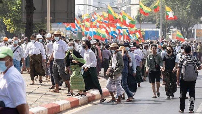 Myanmar: Nhóm ủng hộ quân đội đụng độ nhóm phản đối chính biến - ảnh 3