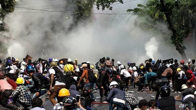 LHQ yêu cầu quân đội Myanmar 'ngừng sát hại' người biểu tình - ảnh 1