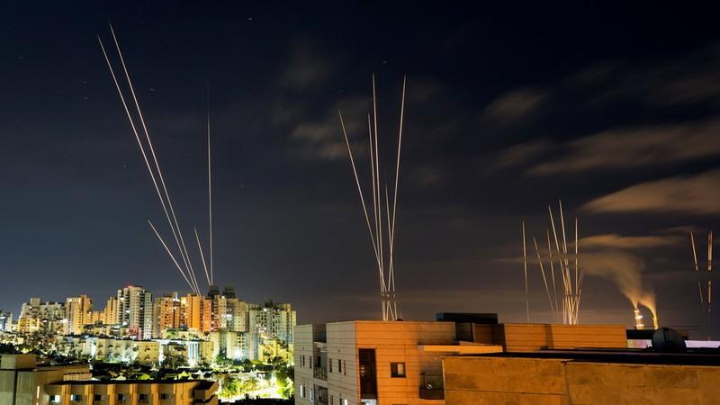 Vì đâu rocket của Hamas 'thoát' hệ thống Vòm Sắt của Israel? - ảnh 3