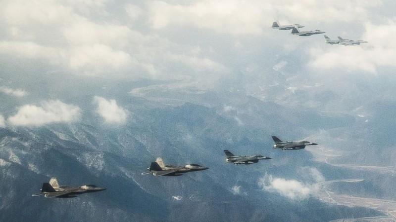 Giải mật điều chưa từng biết về 'chim ăn thịt' F-22 - ảnh 3