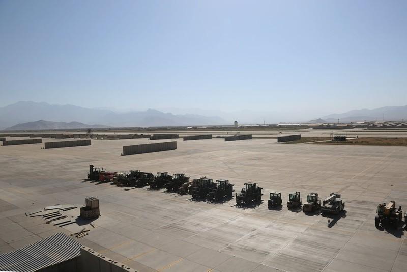 Trung Quốc, Pakistan hay Mỹ đang bí mật đưa máy bay tới căn cứ ở Afghanistan? - ảnh 3