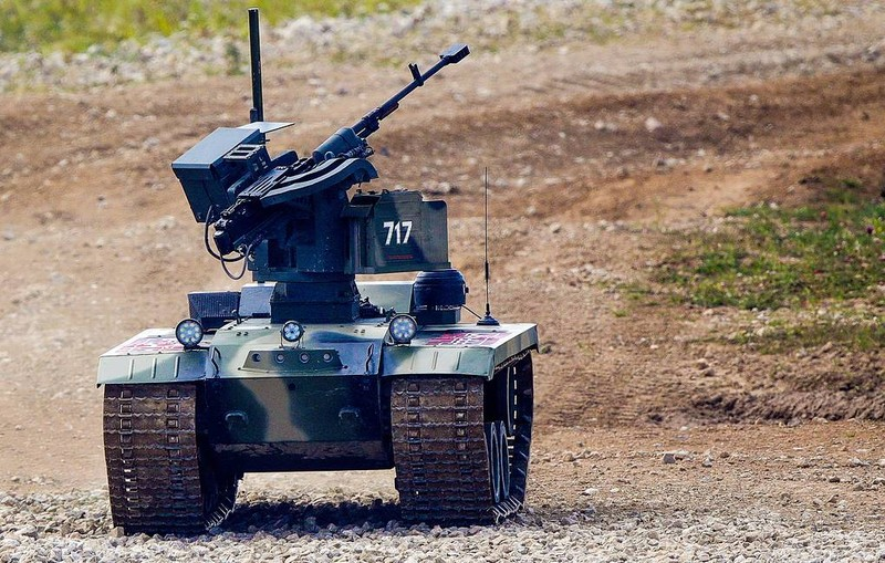Nga đang xây dựng một đội quân robot chiến đấu khổng lồ - ảnh 2