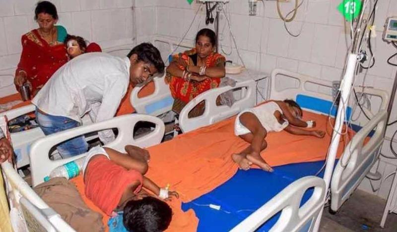 47 trẻ em tử vong tại Ấn Độ do ăn vải lúc bụng đói - ảnh 1