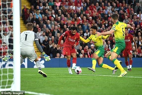 Hạ gục Norwich, Liverpool khai hội Premier League tưng bừng - ảnh 2