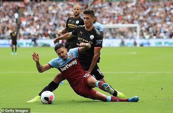 Sterling lập hat trick, Man. City thắng tưng bừng West Ham - ảnh 4