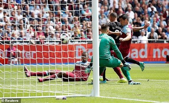 Sterling lập hat trick, Man. City thắng tưng bừng West Ham - ảnh 2