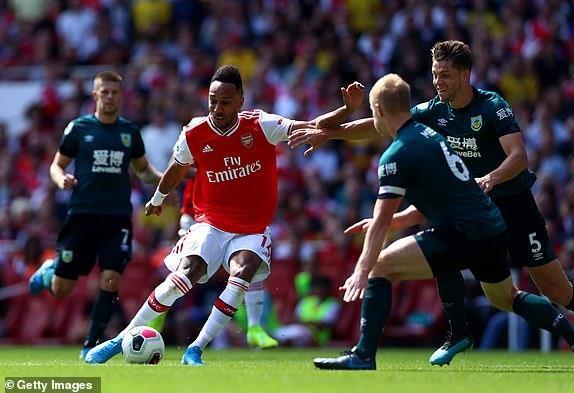 Hàng công tỏa sáng, Arsenal thắng khó Burnley trên sân nhà - ảnh 5