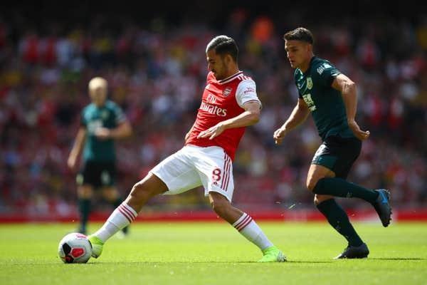 Hàng công tỏa sáng, Arsenal thắng khó Burnley trên sân nhà - ảnh 4