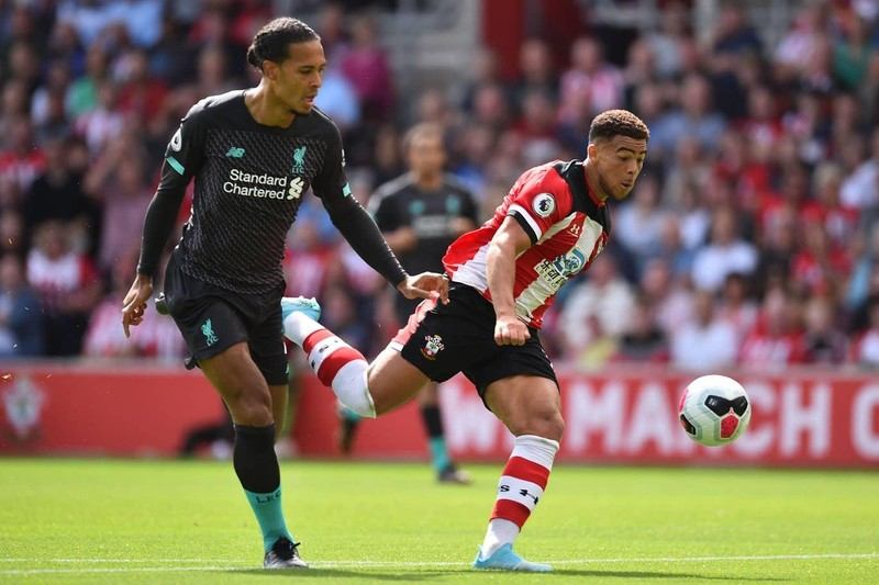 Thủ môn mắc sai lầm, Liverpool thắng nhọc Southampton - ảnh 2
