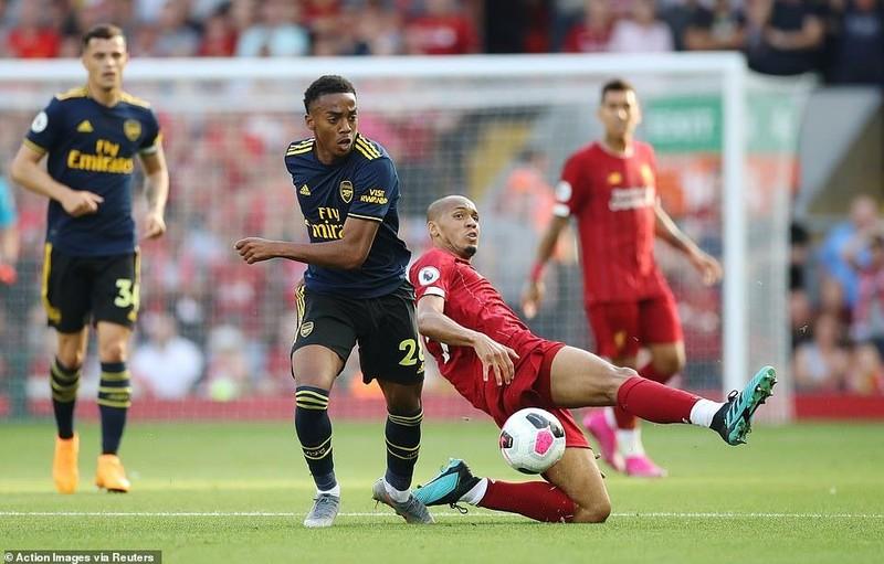Salah lập cú đúp, Liverpool 'vùi dập' Arsenal chiếm ngôi đầu - ảnh 2