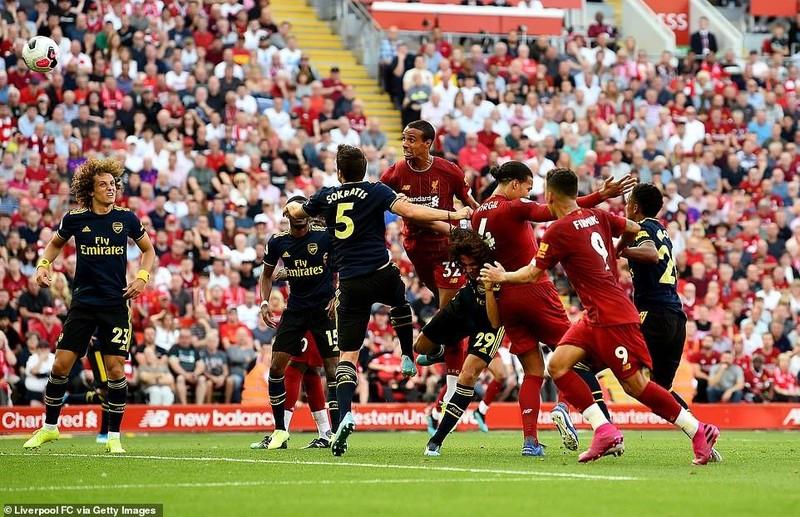 Salah lập cú đúp, Liverpool 'vùi dập' Arsenal chiếm ngôi đầu - ảnh 3