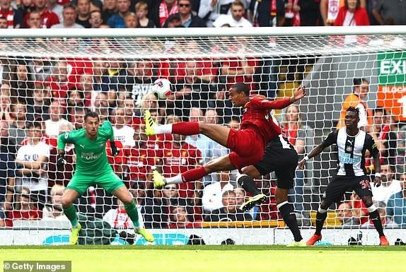 Mane tỏa sáng, Liverpool ngược dòng tưng bừng trước Newcastle - ảnh 3