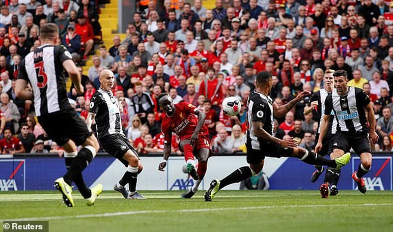 Mane tỏa sáng, Liverpool ngược dòng tưng bừng trước Newcastle - ảnh 2