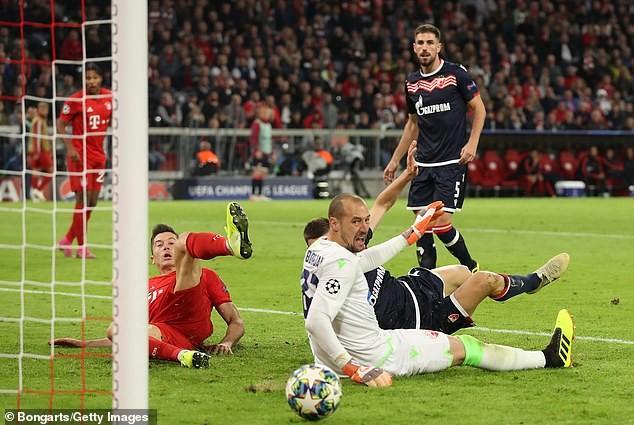 'Hùm xám' chiếm ngôi đầu, Tottenham chia điểm tiếc nuối - ảnh 5