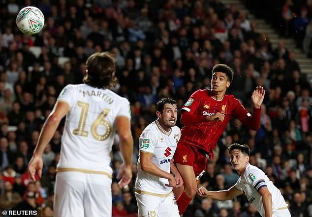 Liverpool, Chelsea thắng dễ, MU chật vật vào vòng 4 League Cup - ảnh 2