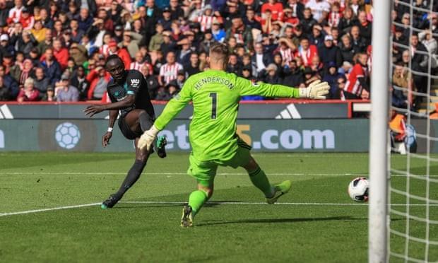 Hạ gục đội mới lên hạng, Liverpool thắng 7 trận liên tiếp - ảnh 5