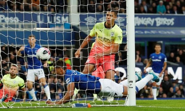 Thắng kịch tính Everton, Man. City tiếp tục bám đuổi Liverpool - ảnh 3