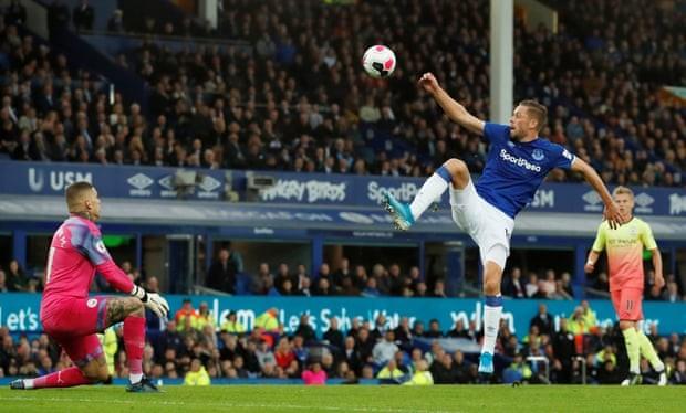 Thắng kịch tính Everton, Man. City tiếp tục bám đuổi Liverpool - ảnh 4