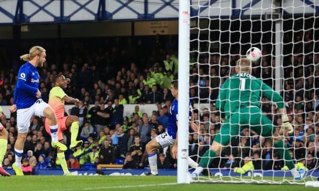 Thắng kịch tính Everton, Man. City tiếp tục bám đuổi Liverpool - ảnh 7