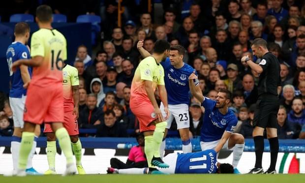 Thắng kịch tính Everton, Man. City tiếp tục bám đuổi Liverpool - ảnh 1