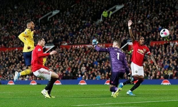 Hậu vệ mắc sai lầm, MU bị Arsenal cầm chân tại Old Trafford - ảnh 5