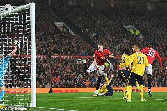 Hậu vệ mắc sai lầm, MU bị Arsenal cầm chân tại Old Trafford - ảnh 7