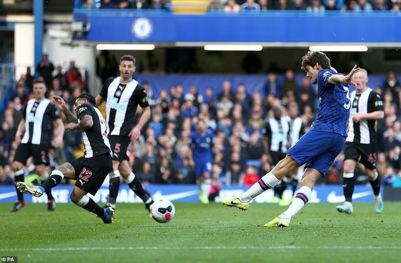 Hậu vệ lập công, Chelsea thắng nhọc Newcastle trên sân nhà  - ảnh 4
