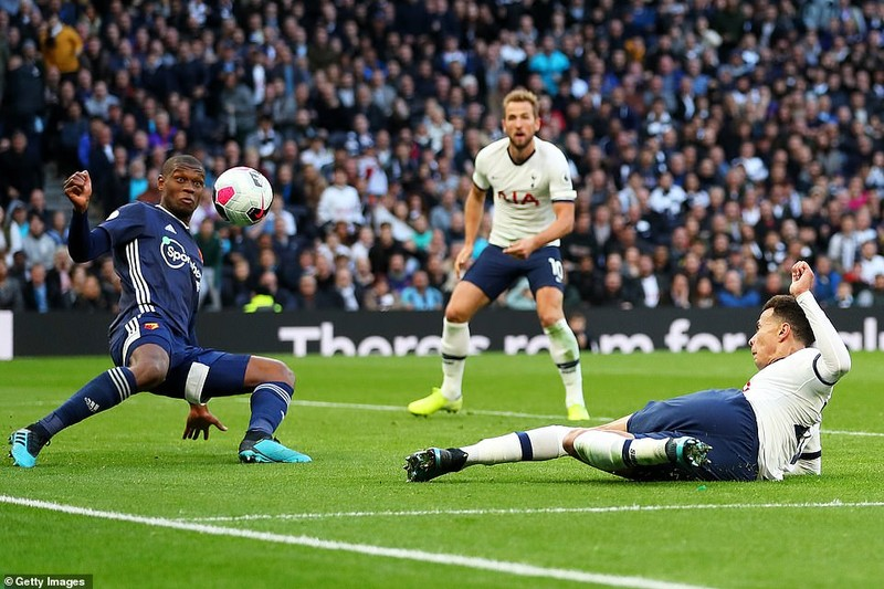 Hậu vệ lập công, Chelsea thắng nhọc Newcastle trên sân nhà  - ảnh 6